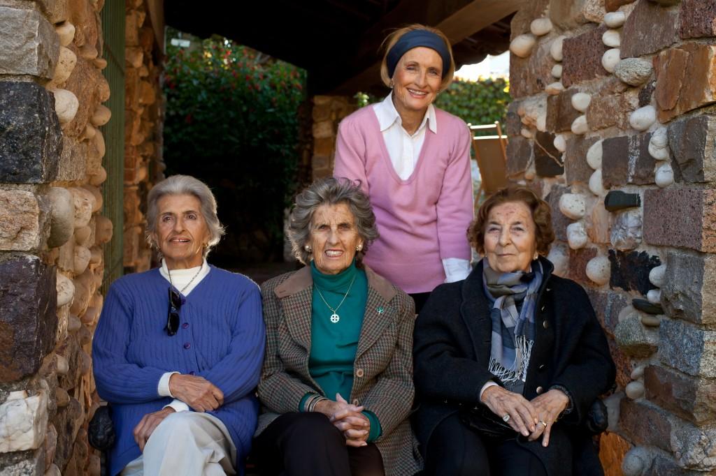 Fundadoras de la Biblioteca Nuestros Hijos, 2013.
